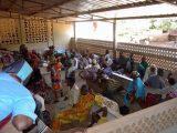 L'Ospedale di Tanguiéta è un punto di riferimento importante per tutto il Nord del Benin oltre che per i vicini territori di Niger e Burkina Faso. Nella sala d'attesa del laboratorio si incontrano volti e lingue delle etnie più diverse. In comune la certezza di essere giunti in un luogo dove si farà il possibile per dare loro sollievo e salute.