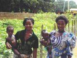 Due mamme conquistate al progetto: sono loro le ambasciatrici più ascoltate nei villaggi.