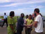 Il Ministro della Sanità del Benin, il rappresentante dell'Organizzazione Mondiale della Sanità e la delegazione GSA con Fra Fiorenzo per l'inaugurazione della campagna di prevenzione in un villaggio del Benin.